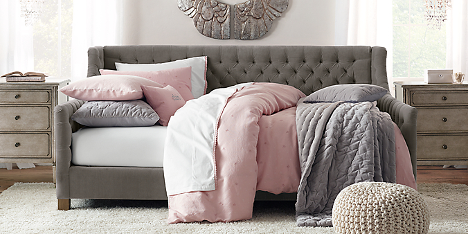 Devyn Tufted Daybed Collection