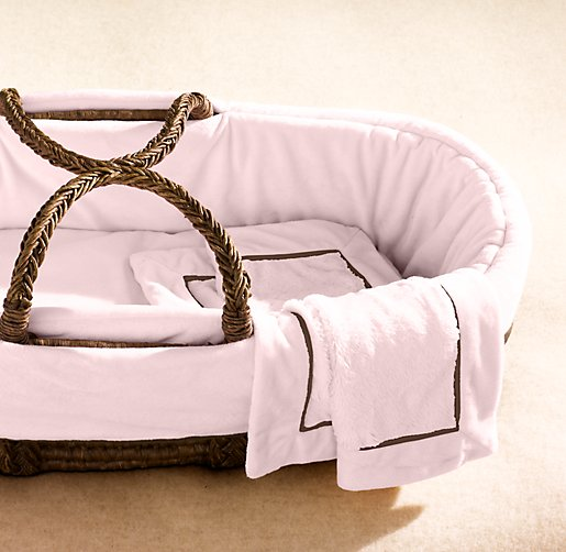 Cuddle Plush Moses Basket Bedding & Espresso Basket Set