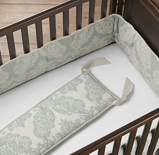 European Vintage-Washed Damask Matelassé Crib Bumper