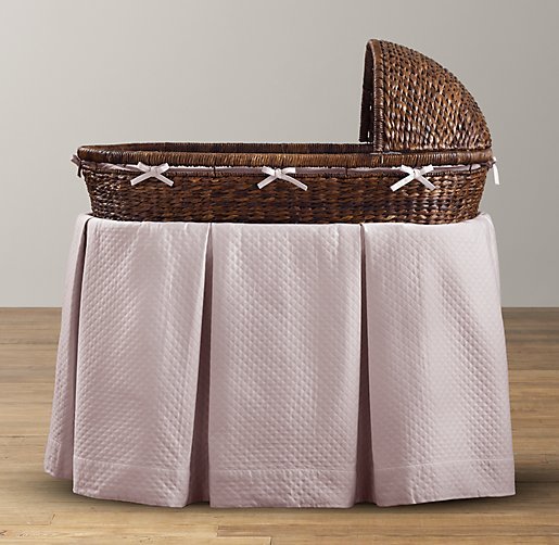 European Diamond Matelassé Bassinet Bedding