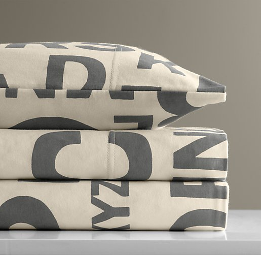 European Jersey Letter Print Standard Pillowcase