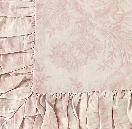 Ruched Floral Bedding Swatch