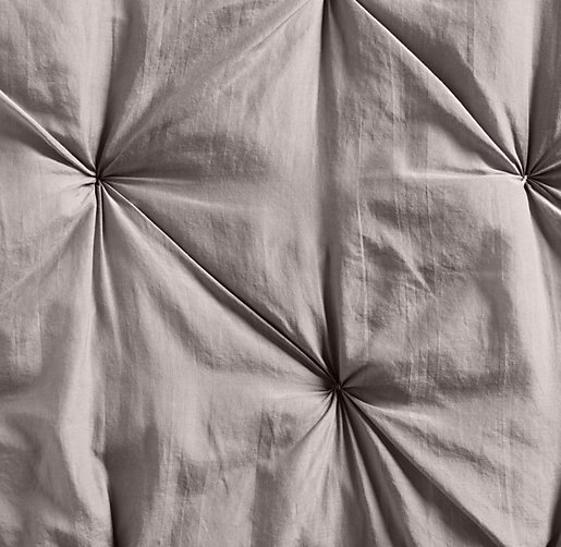 Hand-Tufted Cotton-Silk Bedding Swatch