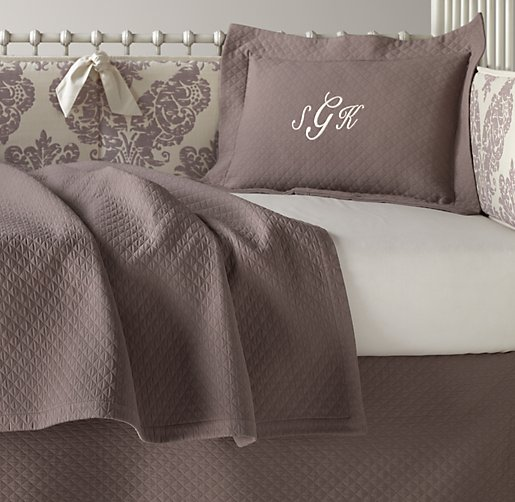 European Vintage-Washed Damask Matelassé & European Vintage-Washed Percale Nursery Bedding Collection