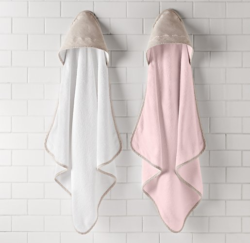 Embroidered Trellis Hooded Towel - Newborn