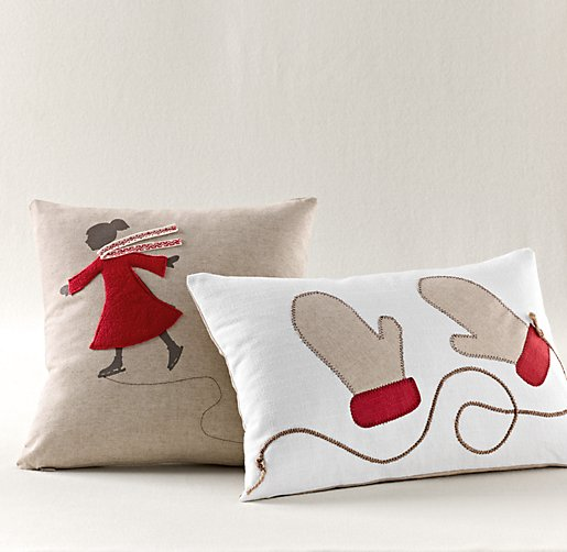 Appliqué Red Holiday Pillow Cover