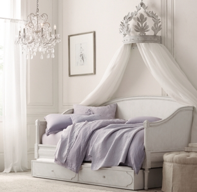 & Heirloom White Demilune Metal Canopy Bed Crown