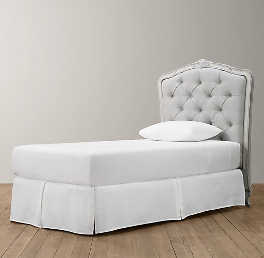 twin tufted bed
