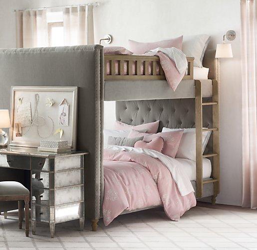 Chesterfield Tufted Velvet Full Over Full Bunk Bed
