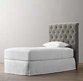 Chesterfield Tufted Velvet Headboard