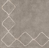 Sketched Diamond Border Rug Swatch