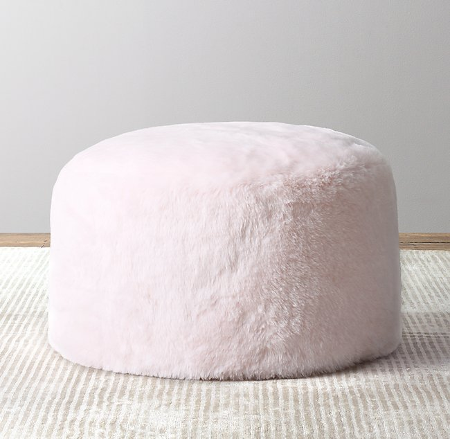 Peachy Luxe Faux Fur Round Pouf Petal Pdpeps Interior Chair Design Pdpepsorg